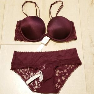 NWT Pink Multi-Way Plunge Bra & Lace Panty Set
